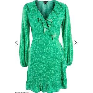 TopShop Spot ruffle tea wrap dress Sz 10